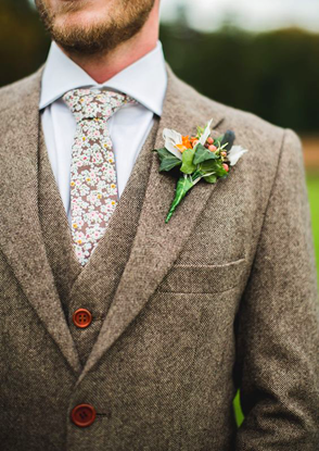 Picture of Brown three piece tweed effect suit